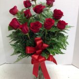 dozen roses with tails